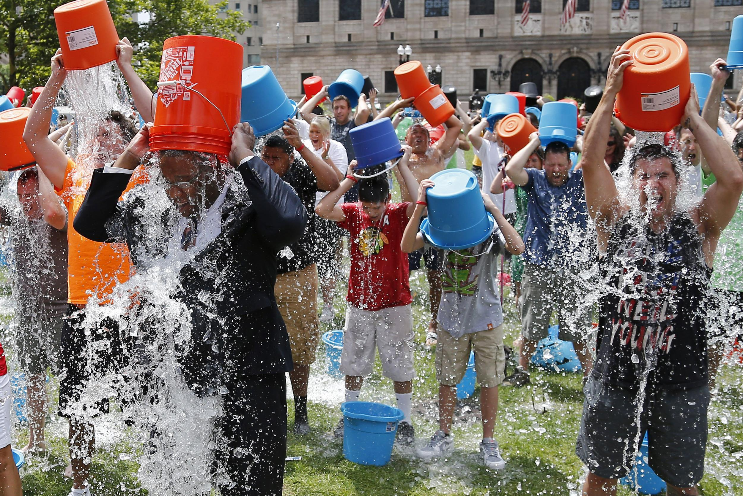 8 Reasons The Ice Bucket Challenge Went Viral
